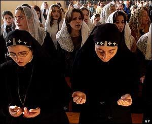 biarawati & jemaat Katholik Suriah