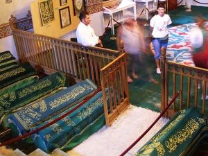 makam para wali keturunan Haji Bektash Wali