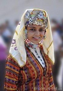 turkish-girl-traditional-cloth-23329212